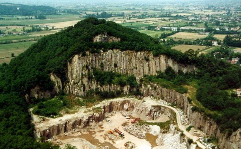 La nuova Legge cave e la trachite Euganea