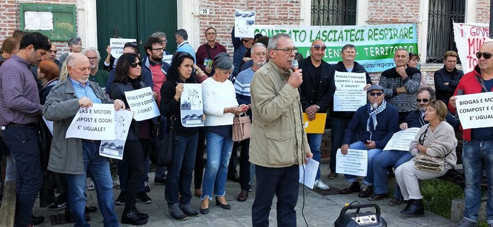 Manifestazione contro l'ampliamento della Discarica